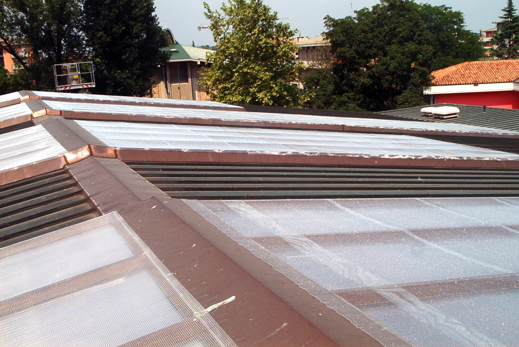 Tetti in rame rifacimento manutenzione vitalba for Tipi di tetto